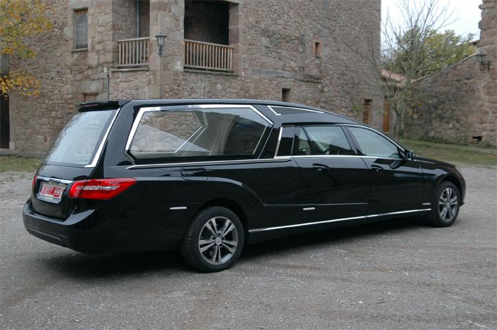 Allestimenti funebri e auto funebri alea for Arredi cimiteriali